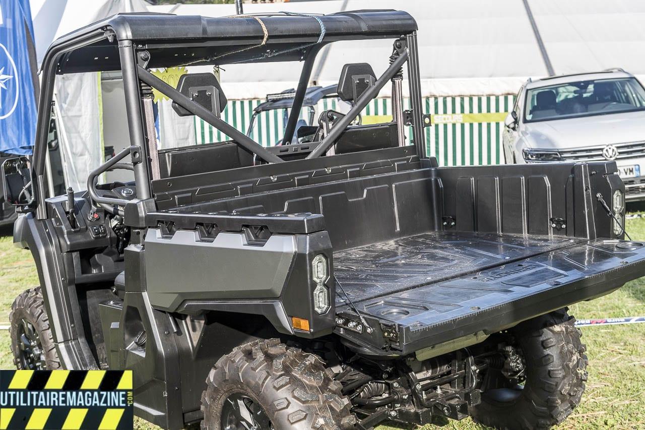 La benne du Uforce 1000 est dotée d'une ridelle