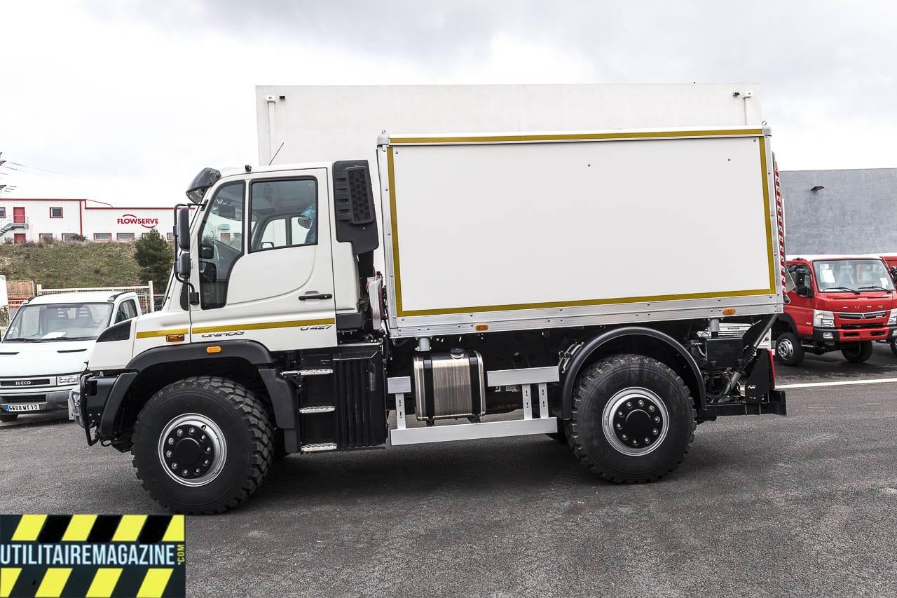 Un Unimog U427 transformé en camion atelier pour intervenir sur les lignes à haute tension, quelque soit le terrain