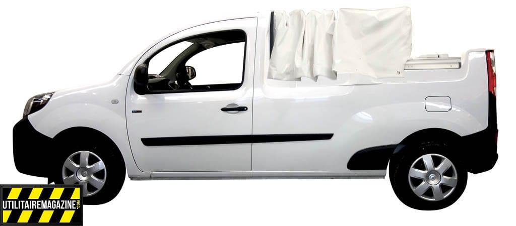 Kangoo Pick Up Maxi Bâchage coulissant qui permet de ne rien perdre en roulant ou de protéger ce que vous transportez