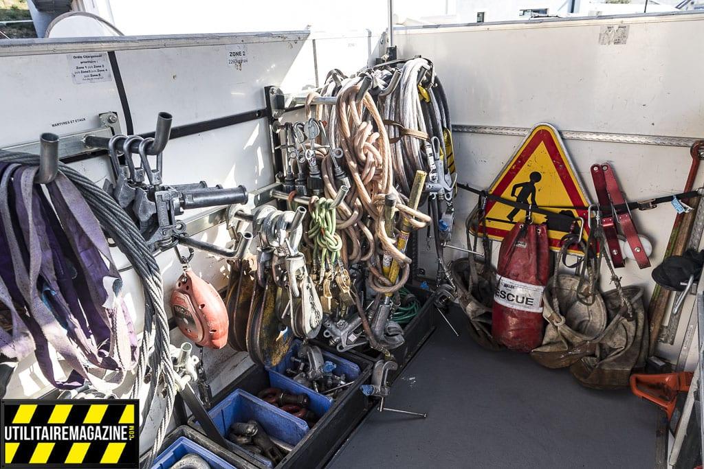 Du matériel de sécurité et de balisage est aussi à disposition
