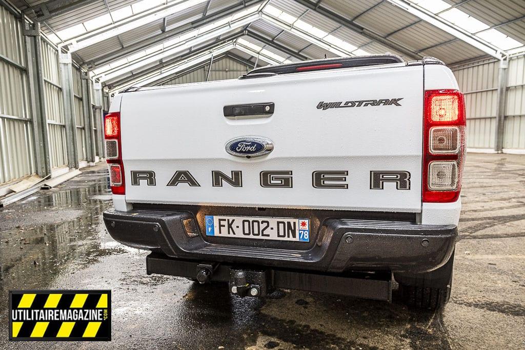 La benne du Ford Ranger mesure 1847 mm x 1560 mm x 511 mm et l'espace entre les passages de roues est de 1139 mm