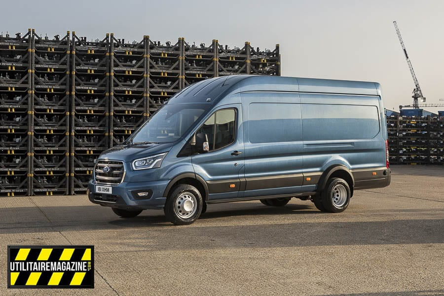 Il faut un permis C1 ou C pour conduire le Ford Transit 5 tonnes