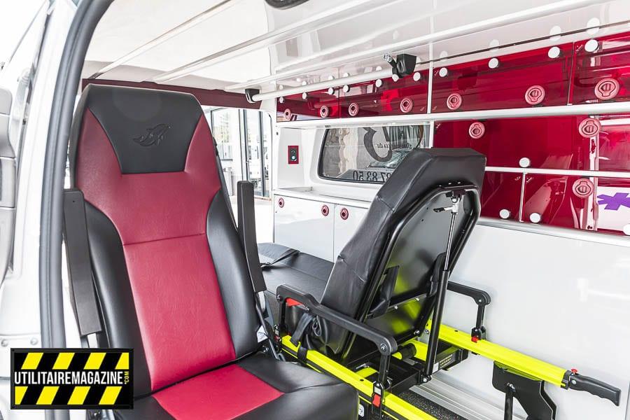 L'intérieur du Mercedes-Benz Vito ambulance